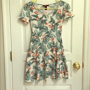 Forever 21 Tropical Print Dress